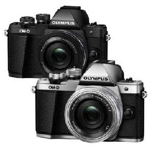 �e��q��]��OLYMPUS E-M10 MARK II 14-42mm (���q�f)(��)
